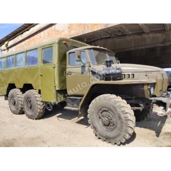 Автомобиль Урал 4320 вахтовка